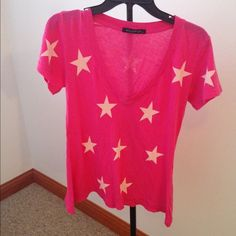 Wildfox t-shirt Star print wildfox top. Ridiculously comfortable. Only worn a few time, perfect condition Wildfox Tops Tees - Short Sleeve