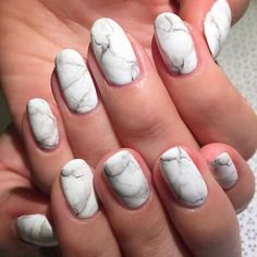 11 matte nail art ideas perfect for summer: marble nails