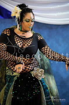 Firefly (Sunnyvale, CA) at The BadAss Dance Festival 2013. Photo by Lee Corkett. (plus size belly dance ♥)