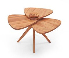 Manulution's Petal Table, designed by Salih Teskeredzic is a modern table defined by its detailed traditional craftsmanship. All you have to do is look at the relief details within. Unique Furniture, Table Furniture, Furniture Design, Office Furniture, Retro Stil, Modern Table, End Tables, Console Tables, Coffee Tables
