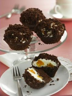 Vakondtúrás muffin - Könnyű receptek - Sütik édesszájúaknak magazin - Hotdog.hu Muffins, Cupcakes, Parfait, Macarons, Fudge, Bakery, Food And Drink, Cooking Recipes, Sweets