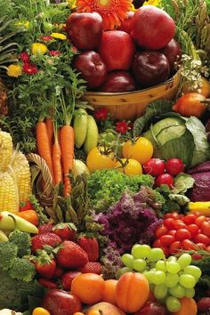 Fruits and vegetables Vegetables Photography, Fruit Photography, Fruit Plants, Fruit Garden, Fresh Fruits And Vegetables, Fruit And Veg, Vegetable Pictures, Fruits Photos, Fruit Picture