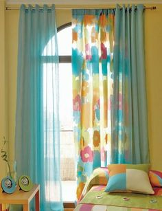 Mejor Instantáneas modelos de ventana Consejos, Hermosas ideas de cortinas coloridas para crear paisajes increíbles en su hogar 3111 - GooDSGNBURDA - 100 SUPER ИДЕЙ и ТЫ. Curtains Living Room, Cute Curtains, Curtain Decor, Diy Curtains, Home Curtains, Blue Kitchen Curtains, Colorful Curtains, Home Decor Furniture, Curtains With Blinds