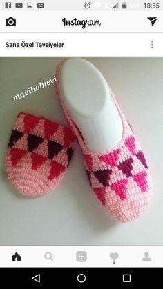 Best 12 – Page 479844535291181174 – SkillOfKing. Crochet Sole, Crochet Boots, Crochet Baby Booties, Tunisian Crochet, Crochet Clothes, Crochet Girls Dress Pattern, Easter Crochet Patterns, Knitting Socks, Baby Knitting