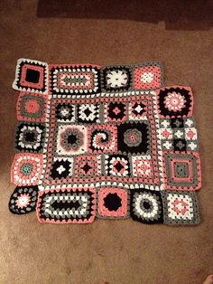 Ravelry: Project Gallery for Granny Square Sampler Afghan pattern by Blair Stocker