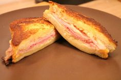 Monte Cristo szendvics Aesthetic Food, Hamburger, French Toast, Bacon, Sandwiches, Food And Drink, Pizza, Hot Dogs, Dinner