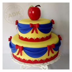 A different type of Snow White cake. The colors could be changed to work for any of the Disney princesses.