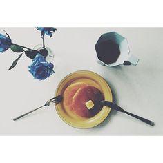 #シェアInstagram #vscocam #breakfast #morning #thursday #kikof #coffee #blue #rose #pancakes #hotcakes