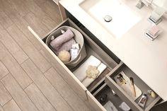Geniş ve ergonomik depolama alanları, banyodaki en büyük yardımcınız olacak.