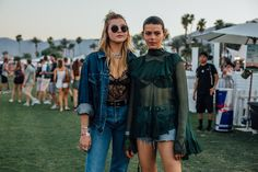 Coachella 2017: Crop Tops, Florals and the Best Street Style From the Ancestral Homeland of Festival Fashion Photos   W Magazine