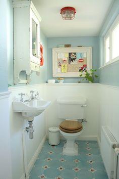 Light Blue Bathroom Decor Unique 37 Light Blue Bathroom Floor Tiles Ideas and Pictures Wall Mount Light Fixture, Wall Mounted Light, Wall Sconce Lighting, Blue Bathroom Decor, Eclectic Bathroom, Bathroom Ideas, Bathroom Things, Bathroom Vintage, Budget Bathroom