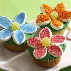 Easy and I already have everything!  http://www.mccormick.com/Recipes/Desserts/Hello-Flower-Cupcakes.aspx