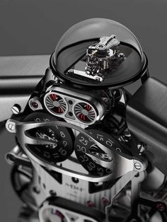 Say hello to Melchior – MB&F by L'Epée 1839, aka Roboclock #Melchior #MBF #BaselWorld2015 Male Style, Glass Domes, World, Jewels, Mens Fashion, Luxury Watches, Clocks, Armour, Wristwatches