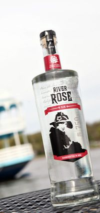 Mississippi River Distilling Company - LeClaire, Iowa - River Rose Gin. Must buy this from Riley's Wines of the World when I'm in Madison, WI, again.