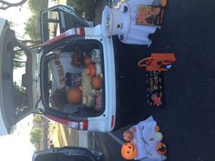 Trunk or treat- moms group trunk or treat party ideas