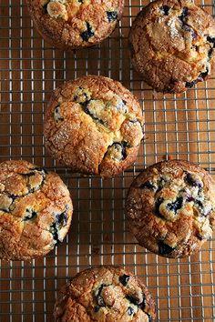Lemon Blueberry Muffins - my favorite! My whole family raves about these. Lemon Blueberry Muffins - my favorite! My whole family raves about these. Lemon Blueberry Muffins, Blueberry Breakfast, Breakfast Cake, Blue Berry Muffins, Breakfast Recipes, Blueberries Muffins, Dessert Recipes, Blueberry Recipes, Savory Breakfast
