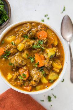 Nightshade-Free AIP Chili Recipe (Paleo, - The Roasted Root--must make-- Chili Recipes, Paleo Recipes, Soup Recipes, Gluten Free Chili Recipe, Paleo Food List, Aip Recipe, Paleo Chili, Paleo Soup, Pumpkin Recipes