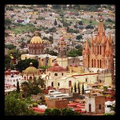 "The Center of town in San Miguel De' Allende in GTO, Mexico called the ""El Jardin""..."