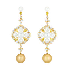 """Chanel – Les Perles de Chanel – """"San Marco"""" earrings in yellow gold set with 126 brilliant-cut diamonds with a total weight of 2 carats, 10 yellow sapphires with a total weight of 1.9 carats, 2 South Sea pearls 12.4mm in diameter and 12 cultured Japanese pearls"""