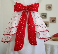 Vintage Style Aprons by nikki