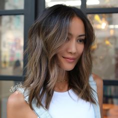 Long Wavy Ash-Brown Balayage - 20 Light Brown Hair Color Ideas for Your New Look - The Trending Hairstyle Asian Brown Hair, Hair Color Asian, Hair Color Dark, Brown Hair Colors, Asian Hair Dye, Dark Hair, Color Black, Light Chocolate Brown Hair, Light Brown Hair