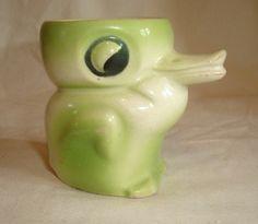 Vintage Figural Googly Eye Duck Bird Novelty Egg Cup Eggcup