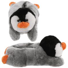 Penguin slippers. *giggle* Want.