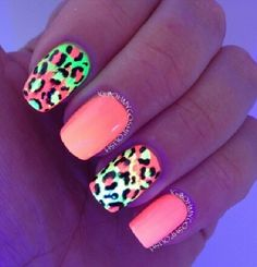 Nails Nail Art Glow in the dark leopard print Great Nails, Fabulous Nails, Perfect Nails, Love Nails, How To Do Nails, Amazing Nails, Gorgeous Nails, Hot Pink Nails, Neon Nails