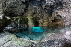 Cyprus Lake & The Grotto - Bruce Peninsula National Park