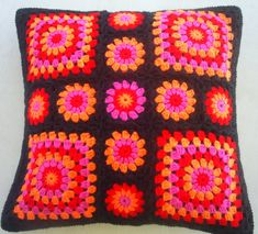 Items similar to The pink orange red crochet granny square cushion cover / pillow cover on Etsy - Cushions Crochet Decoration, Crochet Home Decor, Crochet Crafts, Crochet Projects, Granny Square Crochet Pattern, Crochet Squares, Crochet Granny, Crochet Patterns, Crochet Cushion Cover