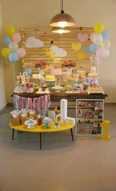 easy healthy breakfast ideas on the good day song Sunshine Birthday Parties, Unicorn Birthday Parties, Baby Birthday, First Birthday Parties, Birthday Party Themes, First Birthdays, Cookies Et Biscuits, Birthday Decorations, Dessert Table