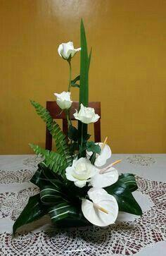Risultati immagini per cvjećarne zagreb Contemporary Flower Arrangements, Tropical Floral Arrangements, Creative Flower Arrangements, White Flower Arrangements, Altar Flowers, Church Flowers, Funeral Flowers, Flowers Garden, Exotic Flowers