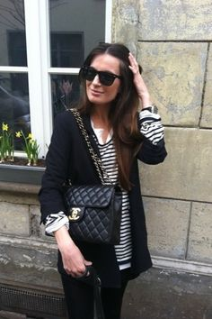 I love stripes. How can you go wrong with great black and white stripes and blazer?!