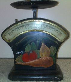 Vintage Kitchen Scales 1940 - 50s