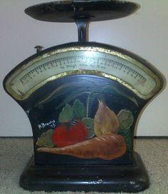 Vintage Kitchen Scales 1940 - 50s