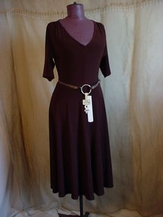 Brown Knit Dress size 6 by Jones New York with Leopard Print Belt #JonesNewYork #StretchBodycon #WeartoWork