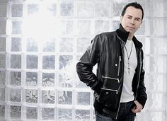 ¡¡¡JHONNY RIVERA ACTOR Y CANTANTE MUSICA POPULAR COLOMBIANA!!! Leather Jacket, Jackets, Fashion, Popular Music, Musica, Cheesy Quotes, Singers, Celebrity, Studded Leather Jacket