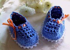 Baby Booties free online crochet pattern from crochet kitty pattefree.net