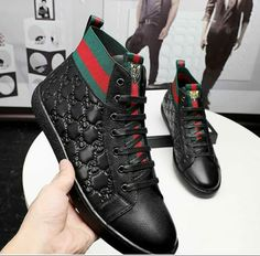 Gucci Mens Sneakers, Gucci Designer, Nike Wallpaper, Fresh Shoes, Crazy People, Cute Shoes, High Top Sneakers, Mens Fashion, Boots