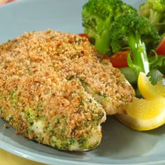 Bite into our delicious Gremolata-Crusted Tilapia made with Hellmann's® Real Mayonnaise, lemon juice and fresh seasoning. Pan Fried Tilapia, Crusted Tilapia, Tilapia Recipes, Fish Recipes, Seafood Recipes, Fish Dinner, Food N, Paleo Food, Yummy Food