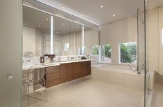 Residential Interior Design Portfolio by Miami Interior Design Firm Best Bathroom Designs, Bathroom Trends, Small Space Bathroom, Modern Bathroom, Bathroom Mirrors, Diy Design, Design Trends, Design Ideas, Interior Led Lights