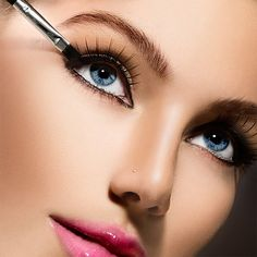 """Hi, beauties! When's the last time you replaced your mascara? To avoid clumpy, dry lashes and possible eye infections, make sure to replace your mascara once every three months. Also, avoid """"pumping"""" your mascara brush into the tube to get more product on the wand. By doing this, you push more air into the tube, causing the product to dry out! Xoxo, Team P2B #p2b #passport2beauty #passporttobeauty #mascara #makeup #beauty #eyes #girl #model #health #advice #wellness"""