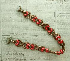Linda's Crafty Inspirations: Bracelet of the Day: Nouveau SuperDuo Chain - Dark Coral