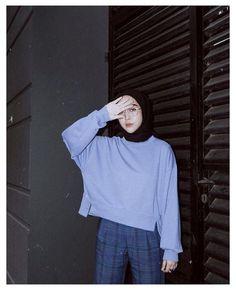 Modern Hijab Fashion, Street Hijab Fashion, Hijab Fashion Inspiration, Muslim Fashion, Ootd Fashion, Fashion Outfits, Fast Fashion, Ootd Hijab, Hijab Chic