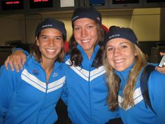 A quick hats off (or on, in the above pic) to the three players on the Olympic Team who still have college eligibility remaining . Soccer Jokes, Girls Soccer, Soccer Usa, Orlando Pride, Tobin Heath, Olympic Team, Soccer Training, New Kids, Champion