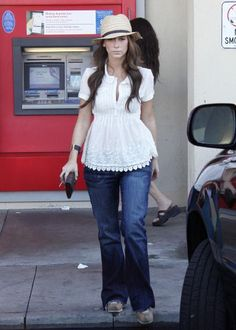 Jennifer Love Hewitt media gallery on Coolspotters. See photos, videos, and links of Jennifer Love Hewitt. New Outfits, Summer Outfits, Girl Outfits, Casual Outfits, Fashion Outfits, Summer Clothes, Over 50 Womens Fashion, Fashion Over 50, Ghost Whisperer Style