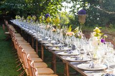 My Wedding Flowers Portugal Wild & Rustic Wedding Centerpieces #weddingcenterpieces #weddingdecoration #rusticweddingcenterpieces myweddingflowersportugal@gmail.com