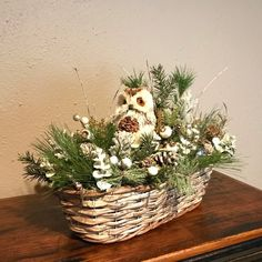 Christmas decoration info are available on our internet site. Take a look and you wont be sorry you did. Front Door Christmas Decorations, Christmas Swags, Rustic Christmas, Christmas Time, Christmas Ornament, Winter Centerpieces, Centerpiece Decorations, Winter Parties, Christmas Baskets