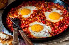 Uova in purgatorio Healthy Pasta Salad, Healthy Pastas, Healthy Food, A Food, Food And Drink, Food Patterns, Camping Meals, Food Cravings, Food Items