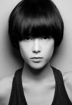 pics of short shag haircuts with full bangs - Bing images Kids Bob Haircut, Cute Bob Haircuts, Short Shag Haircuts, Bob Hairstyles For Fine Hair, Short Haircut, Pixie Haircut, Styling Gel, Look 2018, Corte Y Color